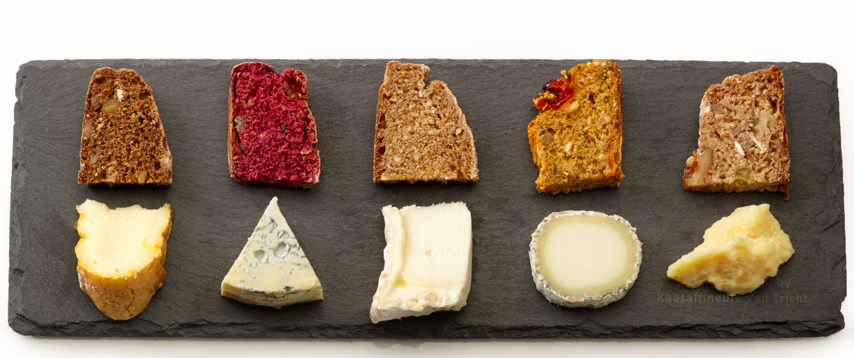 5 cheeses with 5 pairing breads