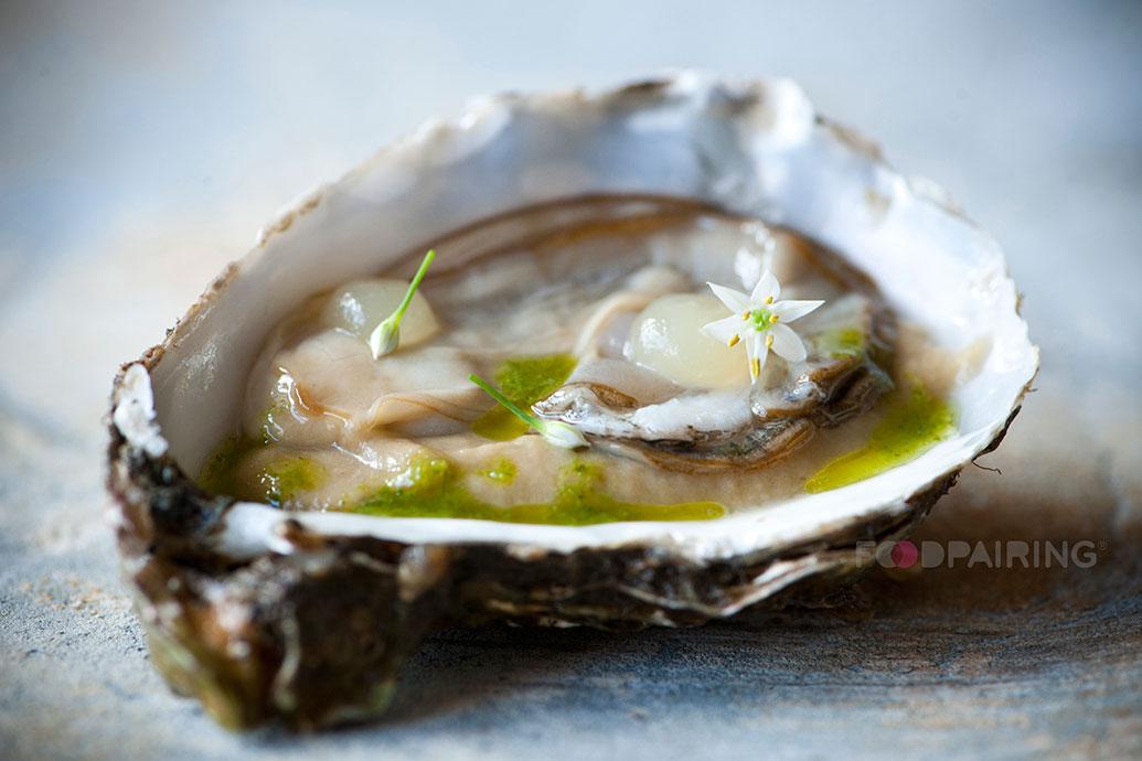 http://blog-assets.foodpairing.com/2016/02/Oyster-garlic-eggplant-bergamot.jpg