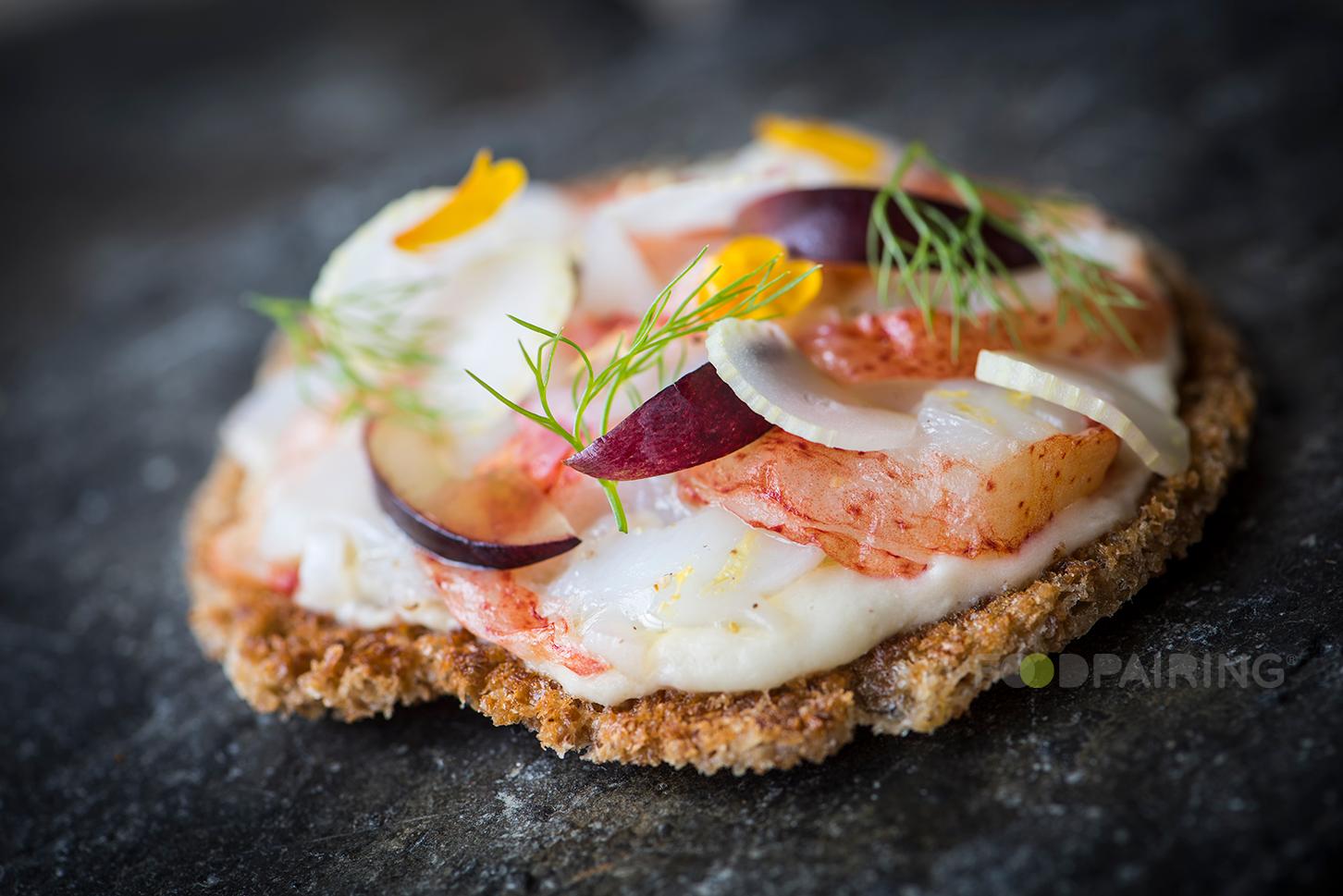 http://blog-assets.foodpairing.com/2017/05/Fennel-Lobster-Grape.png