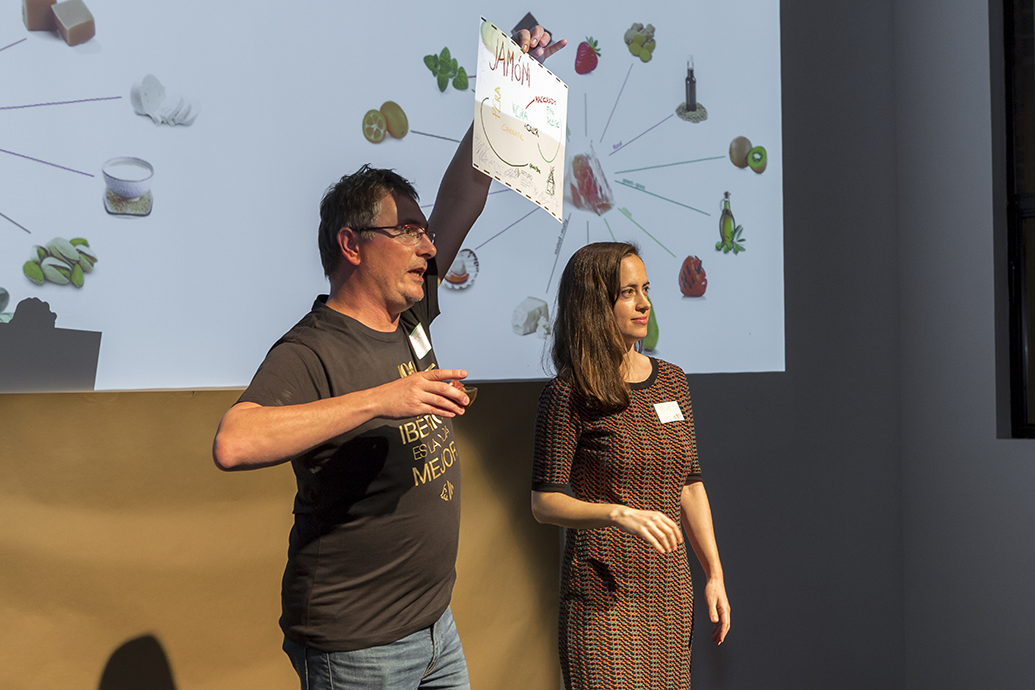 https://blog-assets.foodpairing.com/2018/04/Maridando-lo-ImPosible-Mugaritz-on-Stage.png